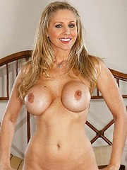 Julia Ann&#8217;s videos