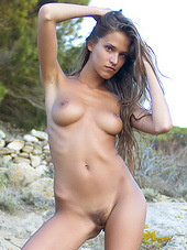 Skinny babe with nice natural tits..