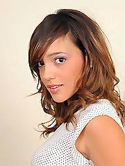 College model Melanie Jane slips off..