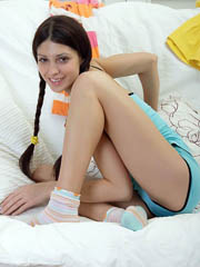 Stunning brunette teen stuffing her..