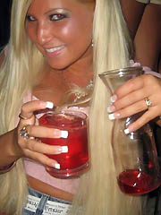 Photo gallery of an amateur party bitch..