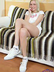 Cute blonde teen cocksucker Lizzie..